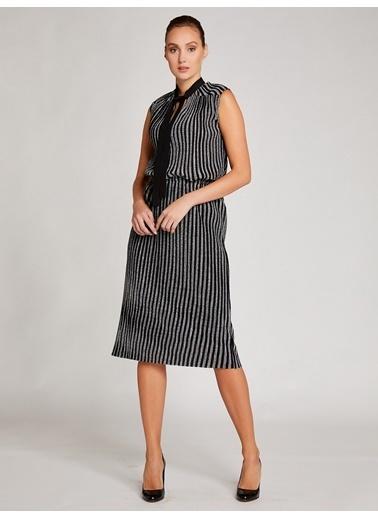Vekem-Limited Edition Elbise Siyah